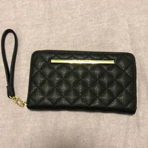 Steven Madden Wallet Clutch Black Gold Zipper